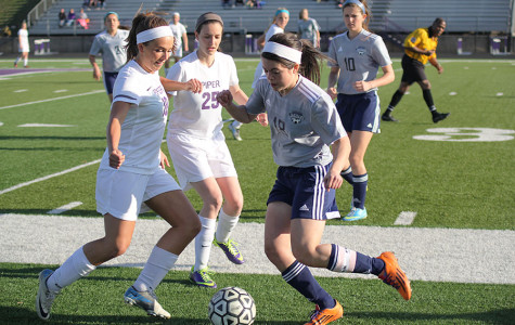 Girls soccer falls to Piper